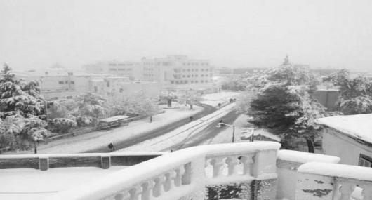 Metr śniegu w Tunezji i nadal pada -2