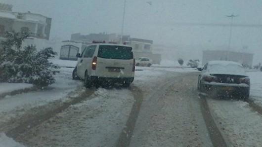 Metr śniegu w Tunezji i nadal pada -7