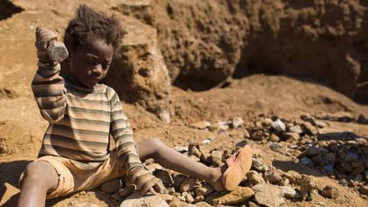 Nawet siedmioletnie dzieci wydobywają kobalt w małych kopalniach w Kongo za 2 dolary na dobę -5