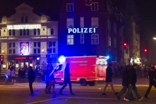 Niemcy - W centrum kilku miast napastnicy o arabskim wyglądzie okrążali, molestowali, wyzywali i okradali przypadkowe kobiety