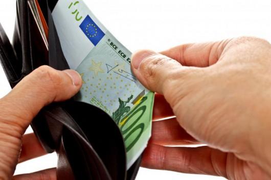 Przekręt podatkowy we Francji, 30 mld ukrytych w Szwajcarii