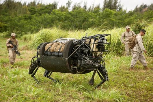 Robot wojskowy miał odciążyć żołnierzy