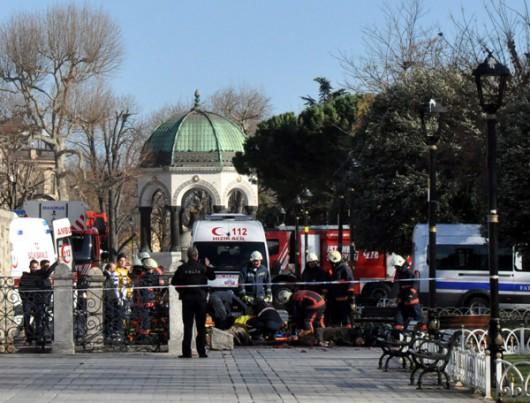 Turcja - Potężny wybuch na placu Sultanahmet w Stambule -1