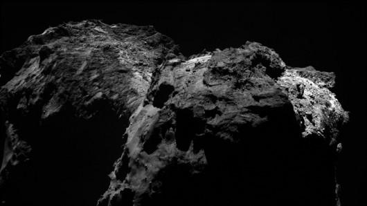 Zdjecie jadra komety 67P,