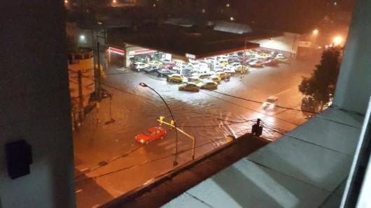 Cordoba, Argentyna - W 12 godzin spadło 320 lmkw deszczu -5