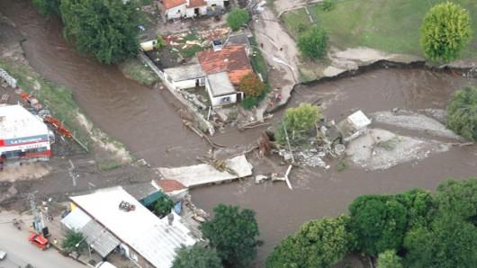 Cordoba, Argentyna - W 12 godzin spadło 320 lmkw deszczu -8
