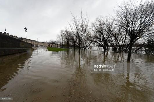Francja - Zachód kraju pod wodą -8