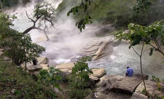 Peru - W lasach deszczowych Amazonii odkryto nadzwyczajną rzekę, która prawie się gotuje -3