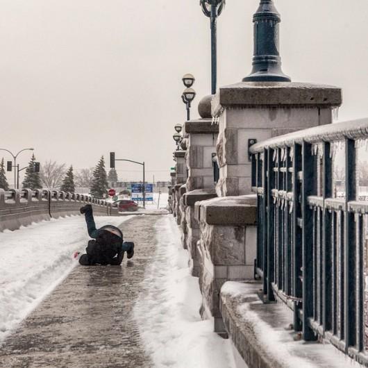 Quebec, Kanada - Przez burzę lodową 250 tysięcy osób było bez prądu -1