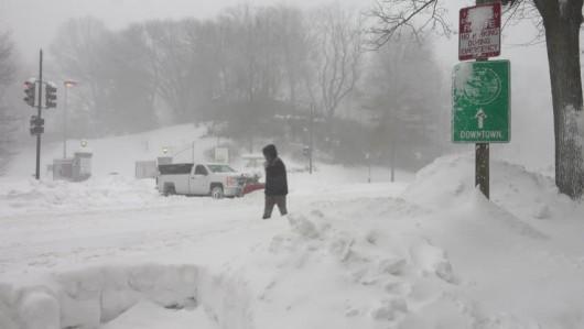 Quebec, Kanada - Przez burzę lodową 250 tysięcy osób było bez prądu -6