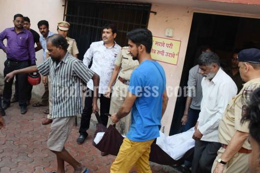Thane, Indie - Jedna z najbardziej krwawych zbrodni, zamordował14 osób ze swojej rodziny i powiesił się -3
