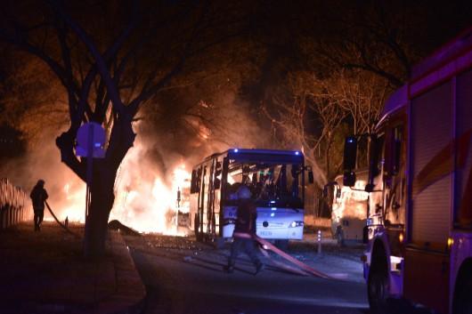 Turcja - W centrum Ankary eksplodował samochód pułapka, zginęło co najmniej 28 osób, 61 rannych -2