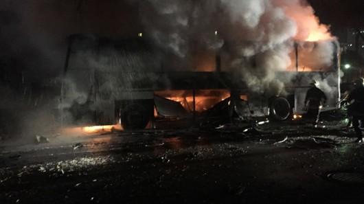 Turcja - W centrum Ankary eksplodował samochód pułapka, zginęło co najmniej 28 osób, 61 rannych -4