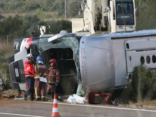 Hiszpania - W wypadku autokaru zginęło 14 studentów -12