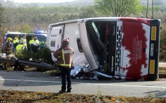 Hiszpania - W wypadku autokaru zginęło 14 studentów -6