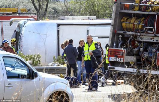 Hiszpania - W wypadku autokaru zginęło 14 studentów -8