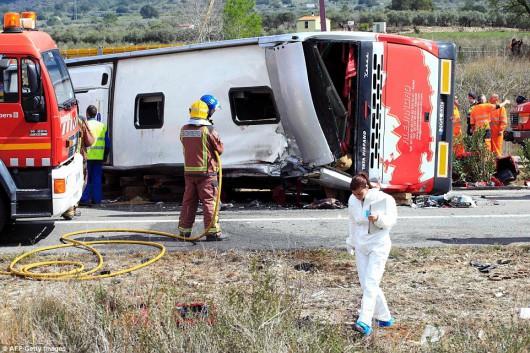 Hiszpania - W wypadku autokaru zginęło 14 studentów -9