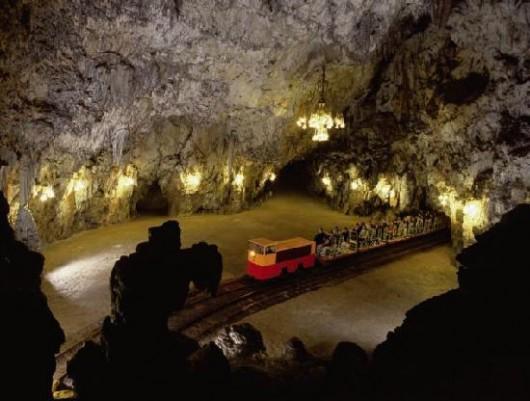 Jaskinia Postojna -1