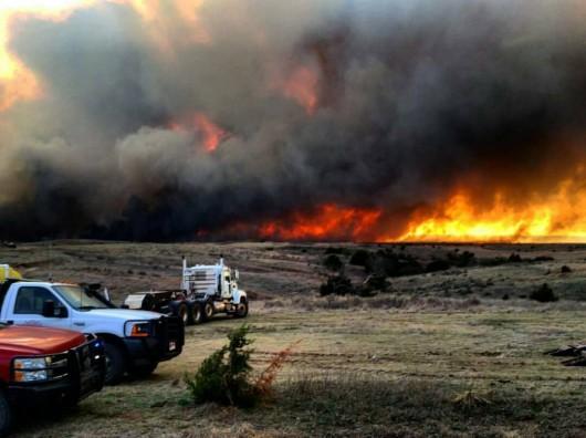 Kansas, USA - Pożar na powierzchni ponad 150 tysięcy hektarów -2