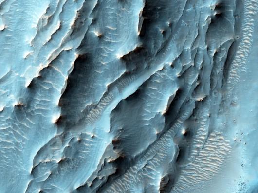 Zdjęcie form terenu na południu Krateru Gale NASA/JPL
