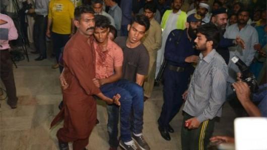 Lahore, Pakistan - Bomba wybuchła kilka metrów od placu zabaw -1