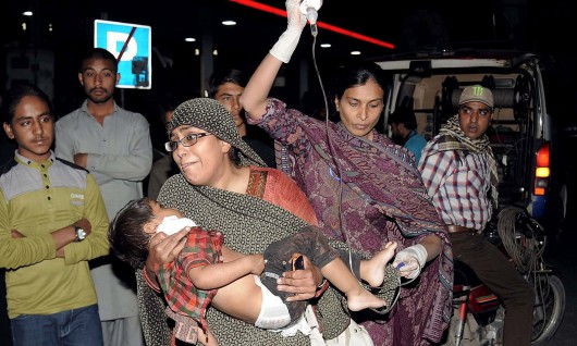 Lahore, Pakistan - Bomba wybuchła kilka metrów od placu zabaw -3