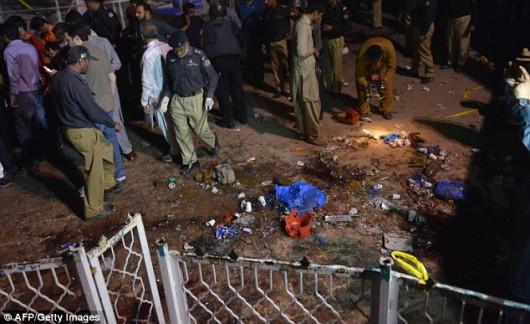 Lahore, Pakistan - Bomba wybuchła kilka metrów od placu zabaw -6