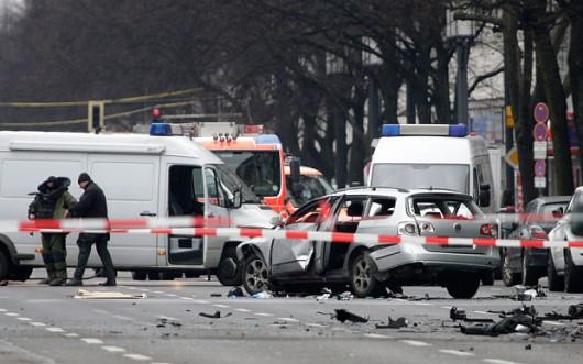 Niemcy - W centrum Berlina eksplodowało auto -1