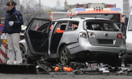 Niemcy - W centrum Berlina eksplodowało auto -3