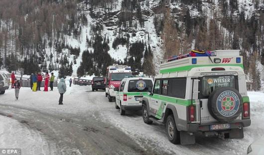 Włochy - Sześć ofiar śmiertelnych lawiny w Alpach -1