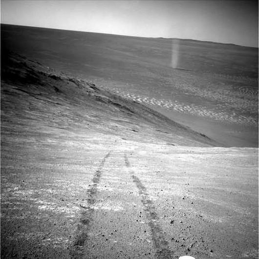 Diabeł pyłowy na Marsie NASA/JPL