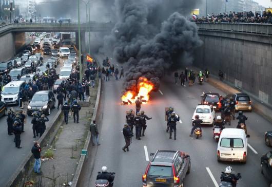 Francja - Ogromne protesty przeciwko reformie prawa pracy -9