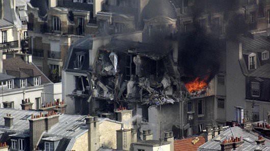 Francja - Potężna eksplozja w Paryżu zniszczyła część budynku -4