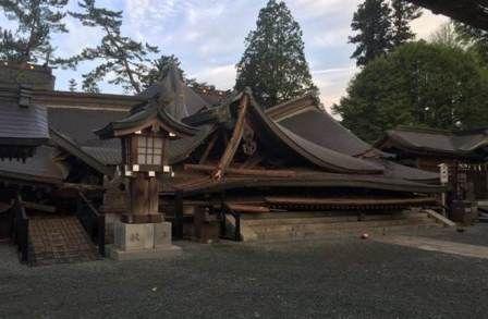 Japonia - Ilość ofiar śmiertelnych trzęsień ziemi wzrosła do 41, wiele osób jest uwięzionych pod gruzami -7