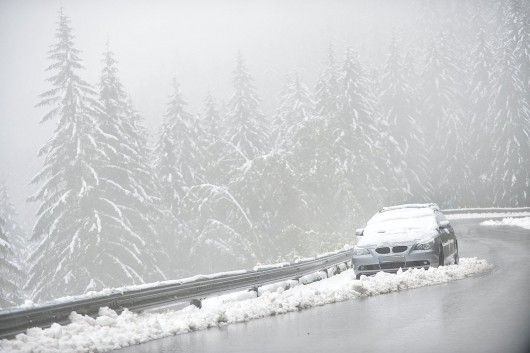 Ogromne śnieżyce w Austrii, dziesiątki tysięcy domów bez prądu -1