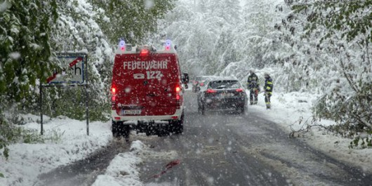 Ogromne śnieżyce w Austrii, dziesiątki tysięcy domów bez prądu -3