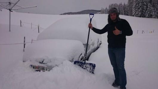 Ogromne śnieżyce w Austrii, dziesiątki tysięcy domów bez prądu -8