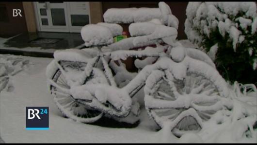 Ogromne śnieżyce w Austrii, dziesiątki tysięcy domów bez prądu -9