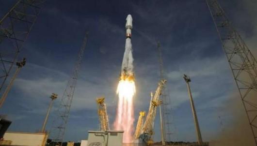 Rosja - Udał się pierwszy start rakiety z nowego kosmodromu Wostocznyj