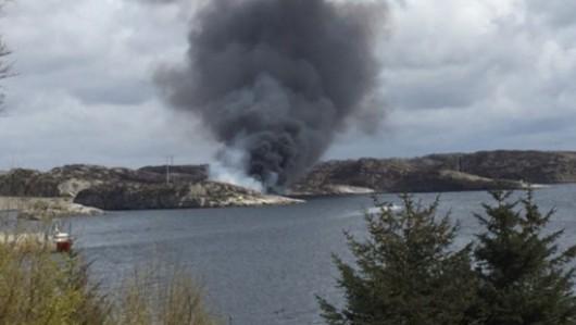 Turøy, Norwegia - Rozbił się helikopter z kilkunastoma osobami na pokładzie -2