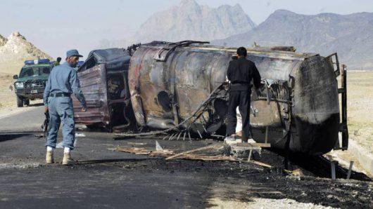 Afganistan - Dwa autobusy zderzyły się z cysterną -1