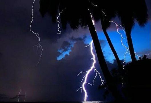 Burza nad jeziorem Maracaibo 1