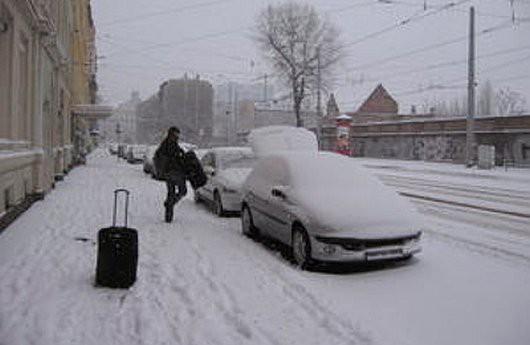 Do Francji powróciła zima, zrobiło się biało i zimno