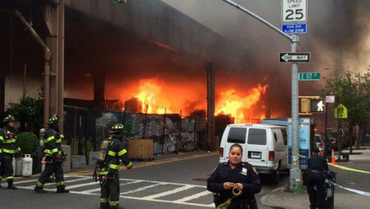 Nowy Jork, USA - Wybuchła cysterna znajdująca się na torach w nadziemnej części metra -3