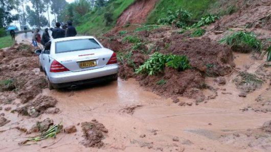 Rwanda, Afryka - Ulewne deszcze zabiły 49 osób -11
