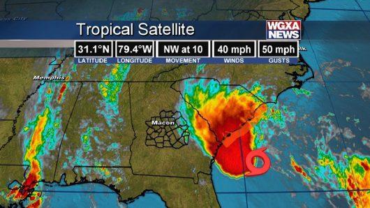 USA - Sztorm tropikalny na Atlantyku dotarł do Stanów Zjednoczonych -1