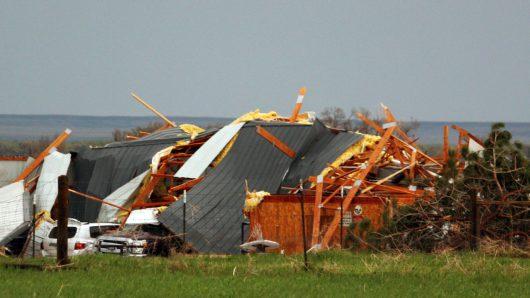 USA - Tornada w Oklahomie zabiły dwie osoby -3
