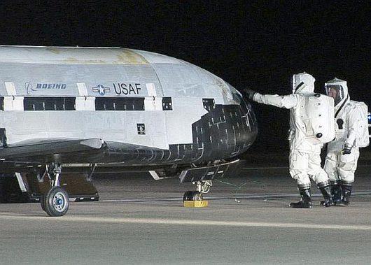 Tajemnicze eksperymenty X-37B