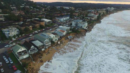 Australia - Duże straty po powodzi -10