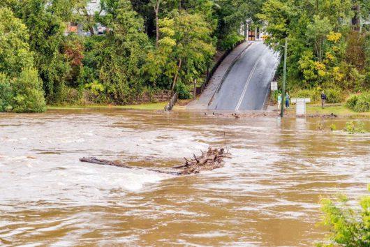 Australia - Duże straty po powodzi -9